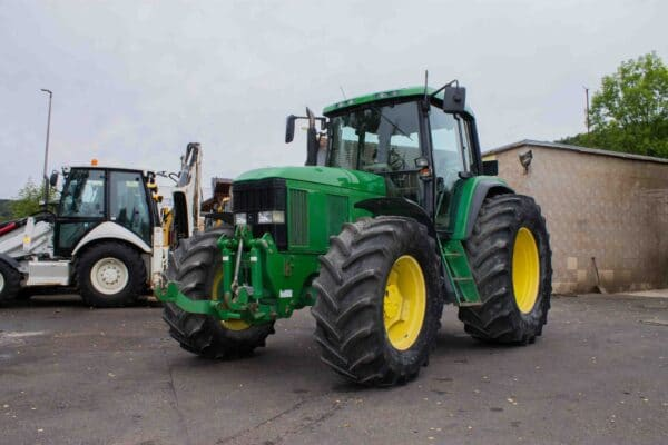 JohnDeere69001 scaled