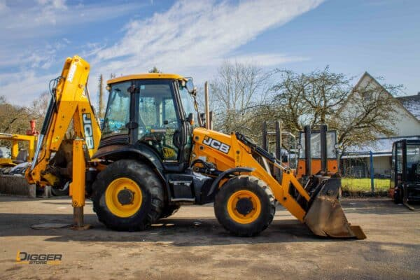 Baggerlader JCB 3CX 5 scaled