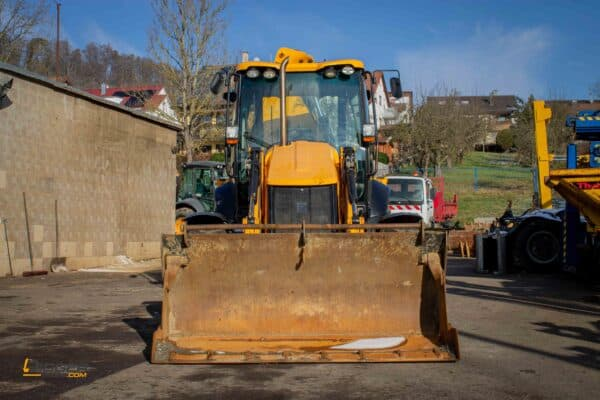 Baggerlader JCB 3CX 6 scaled